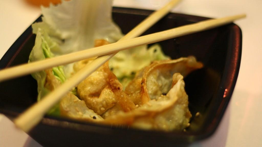 Ravioli Gyoza Eat Sushi