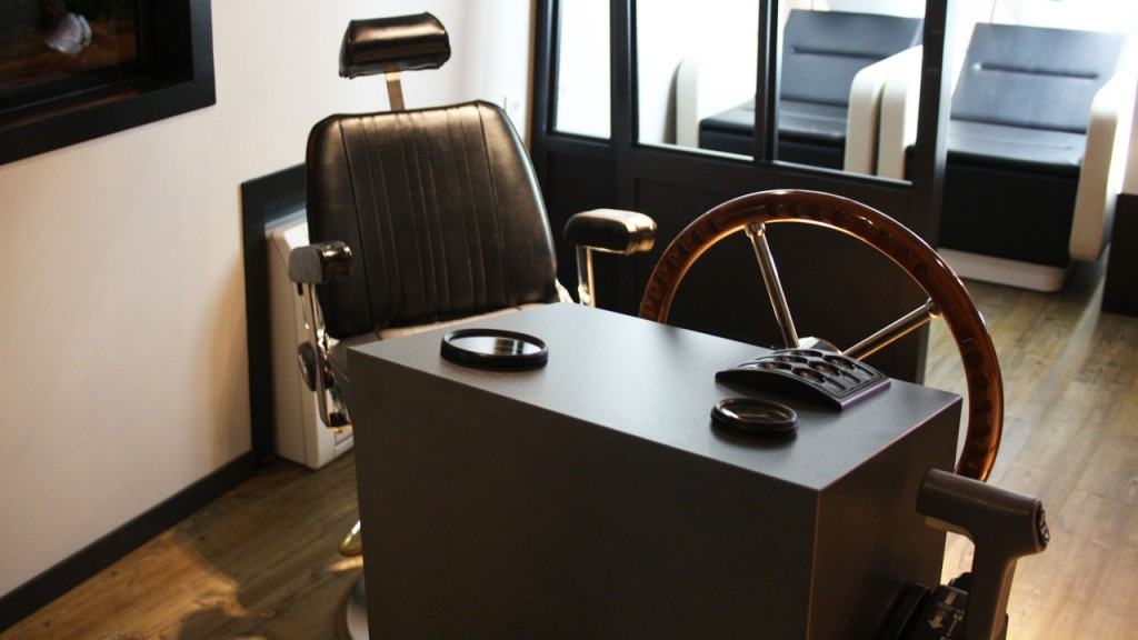 Coin Barbier Salon Mouch