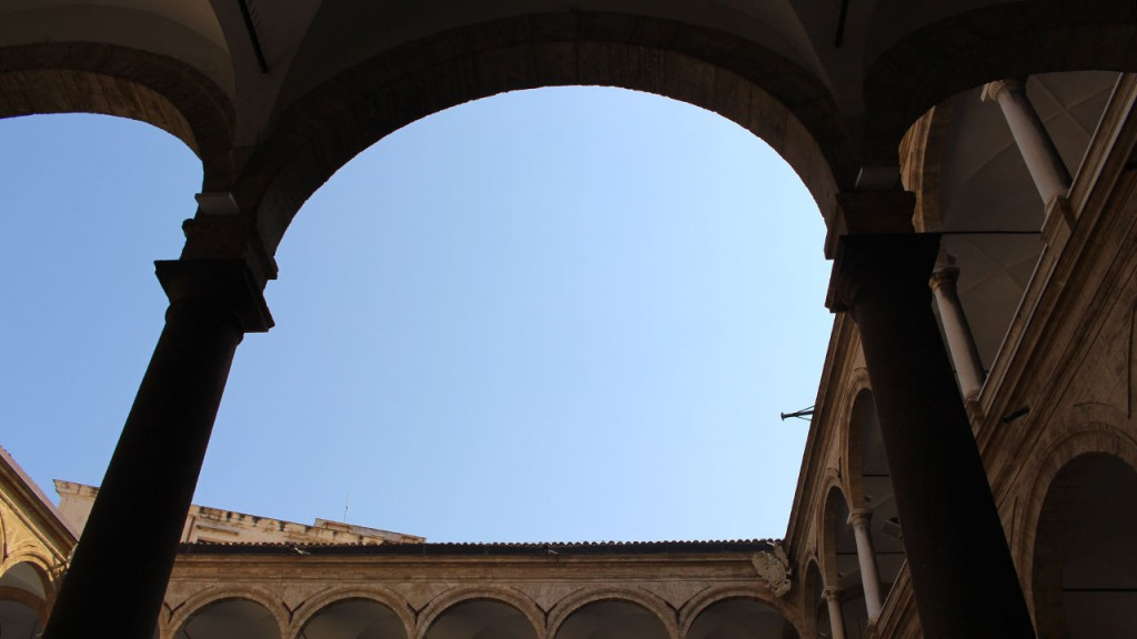 Cour intérieure du Palais des Normands à Palerme