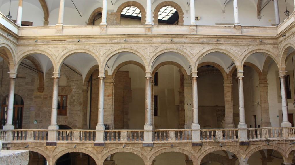 Cour intérieur Palais des Normands