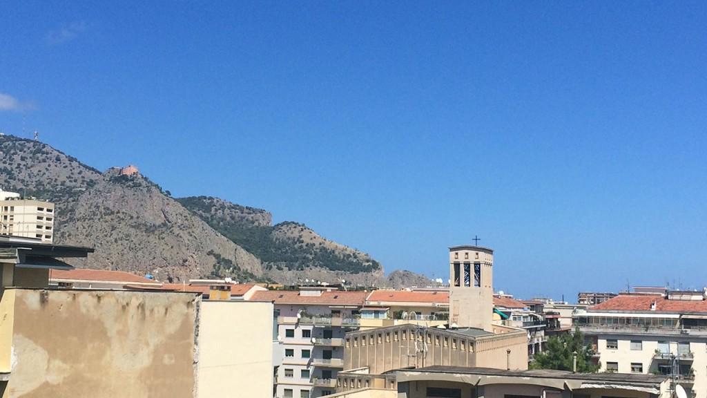 Vue de notre appartement en Sicile
