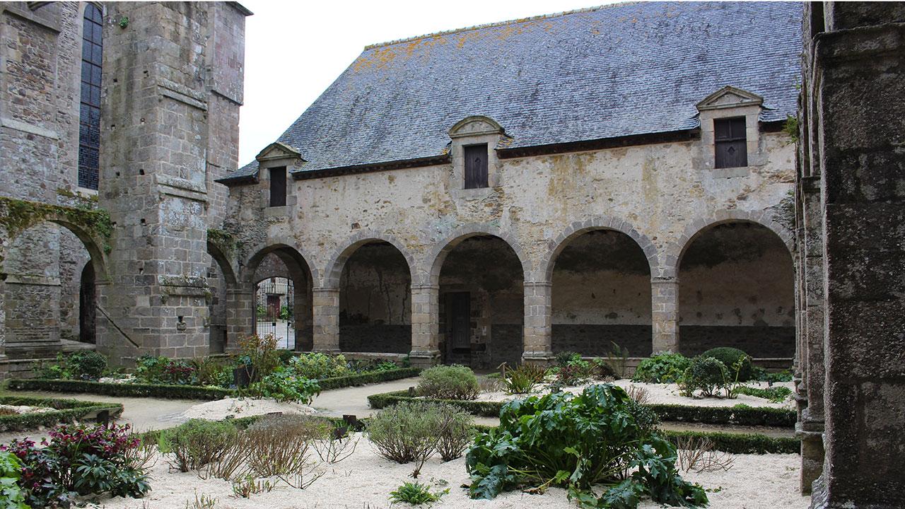 Cloitre Abbaye de Léhon
