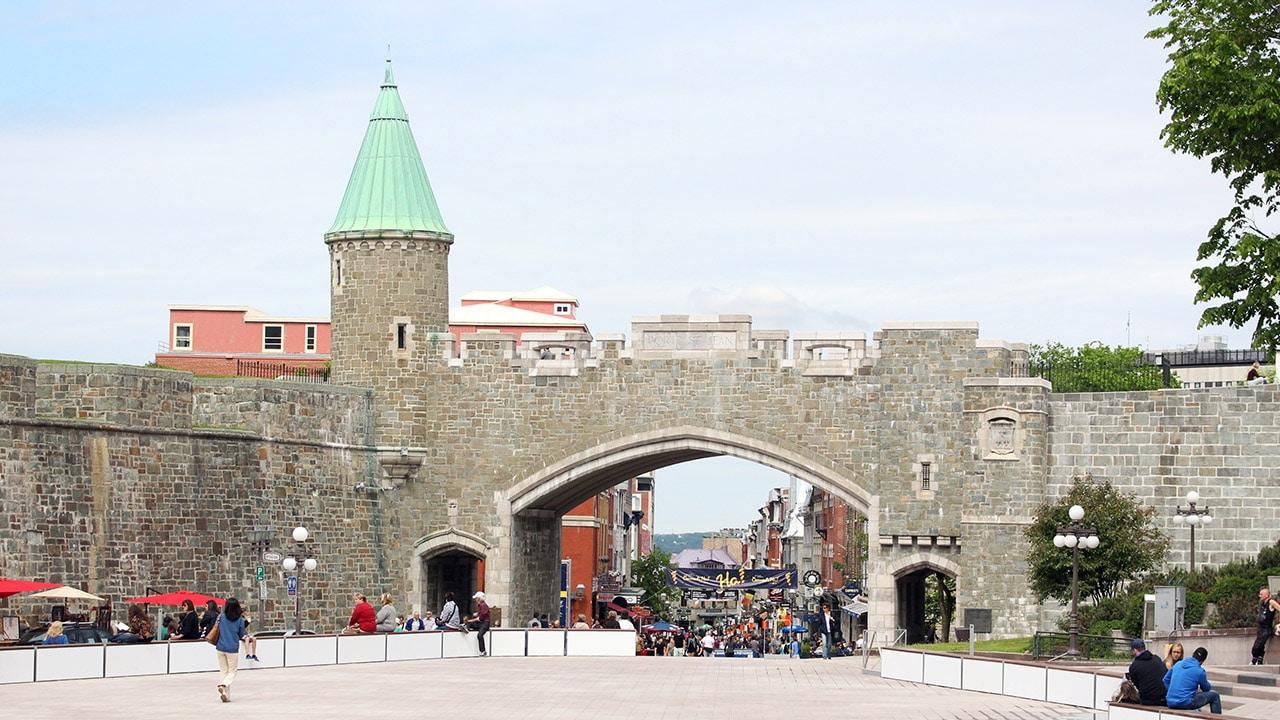 Porte saint jean quebec for Porte quebec