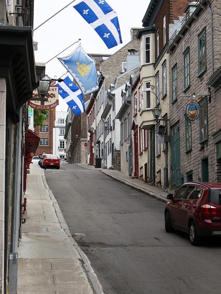 rue quebec drapeau